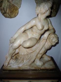 Nice Alabaster sculpture