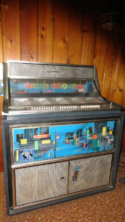 SEEBURG DISCOTHEQUE JUKEBOX made from August 1965 to July 1966 -Only 8000 made
