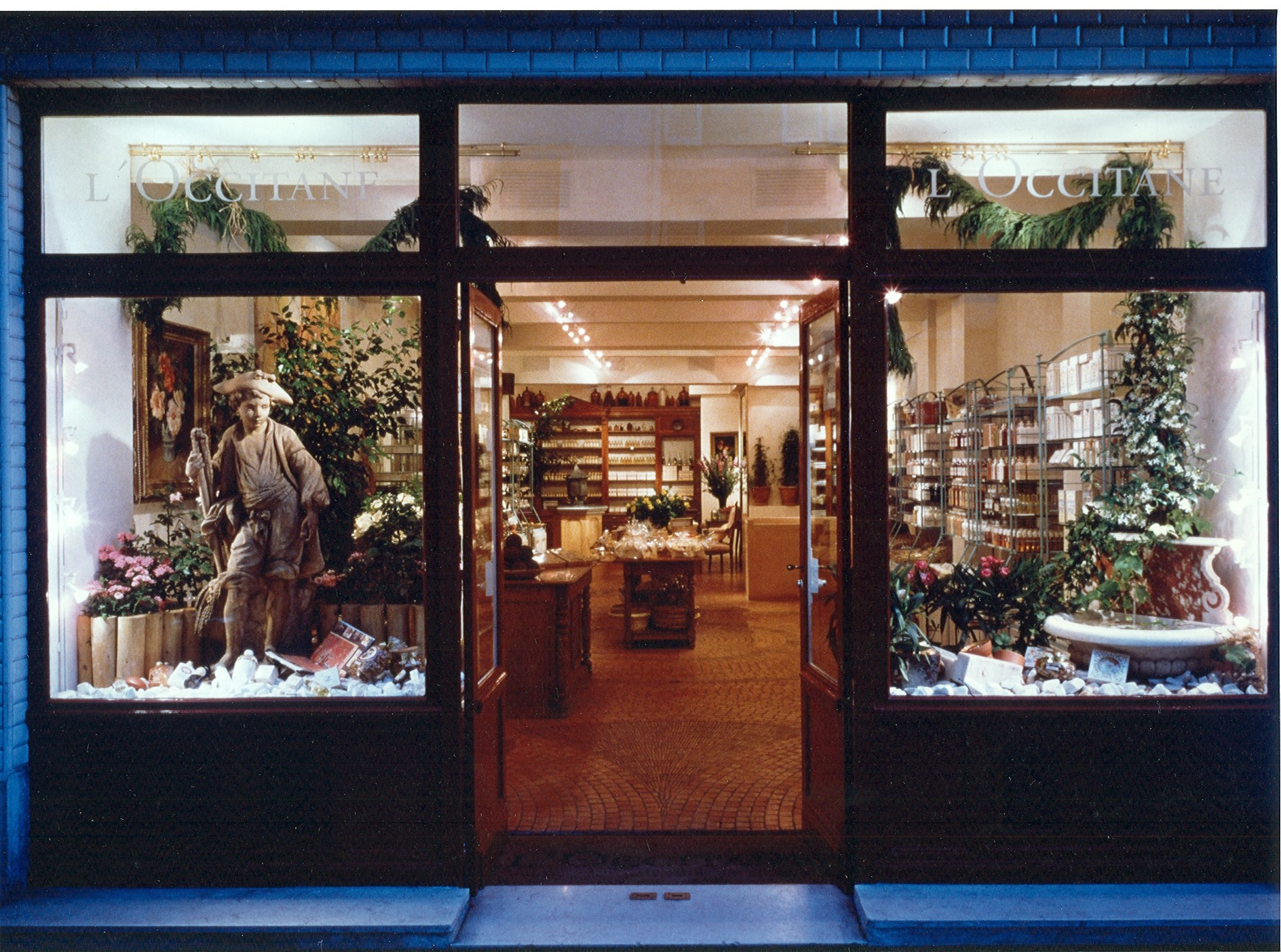 early key store for L'Occitane in Paris