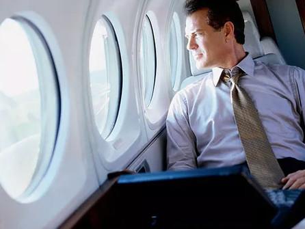 O risco de trombose venosa em viagens aéreas longas