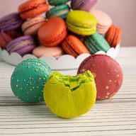 Macaroons have landed in Miami!