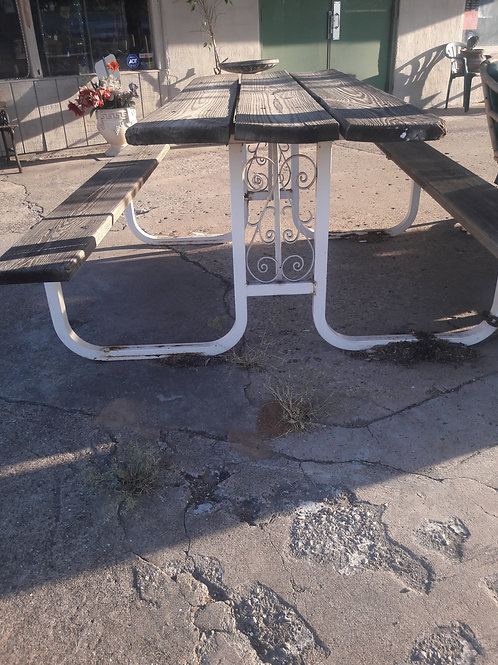 Vintage Sturdy Metal & Wood Patio set