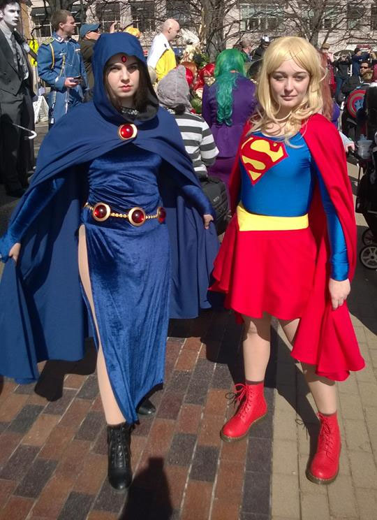 Raven and Supergirl