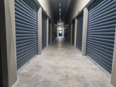 The Top Benefits of a Self-Storage Unit to Reduce Moving Stress