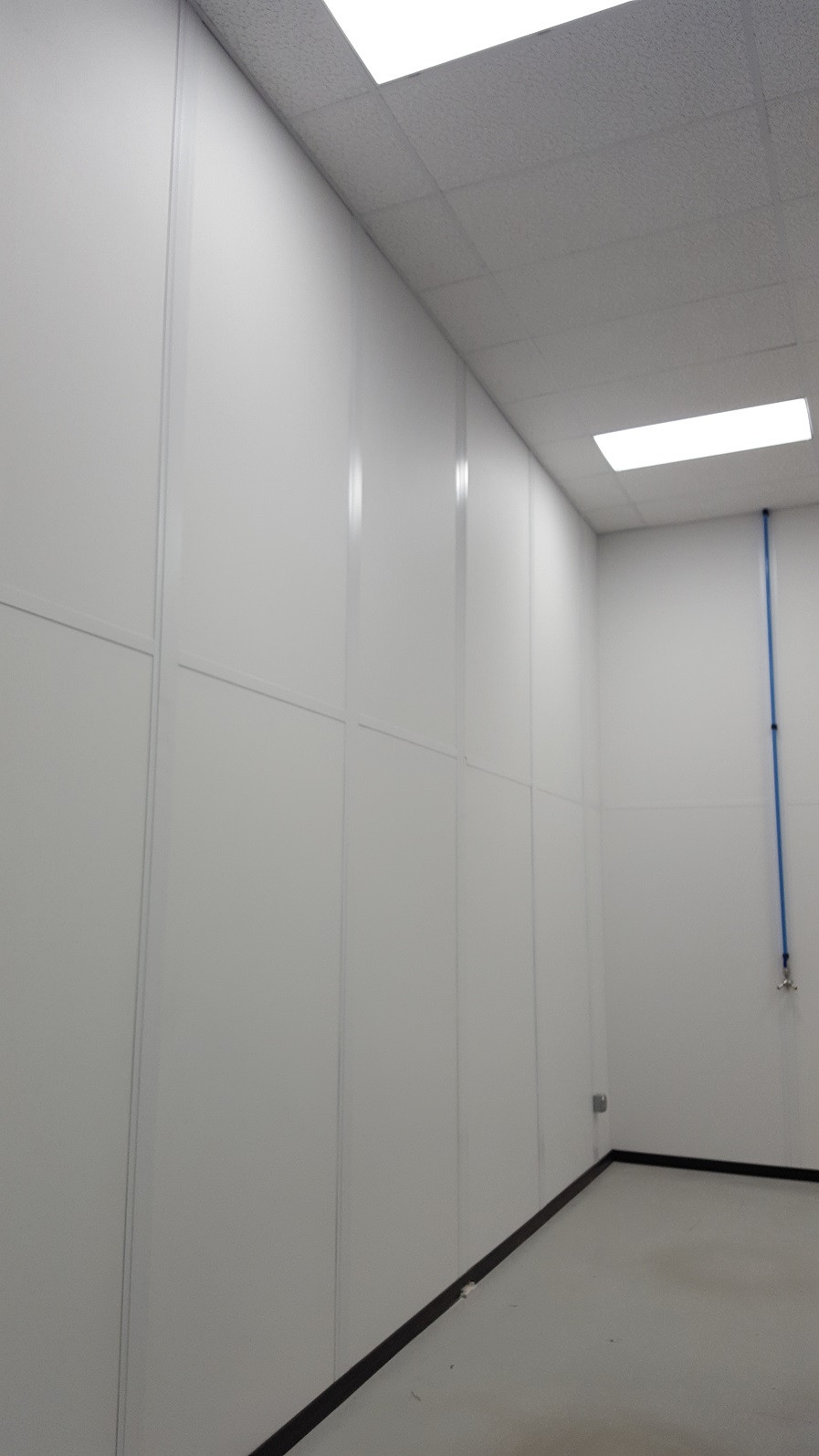 Applied Composites - Completed Projects - Back Wall