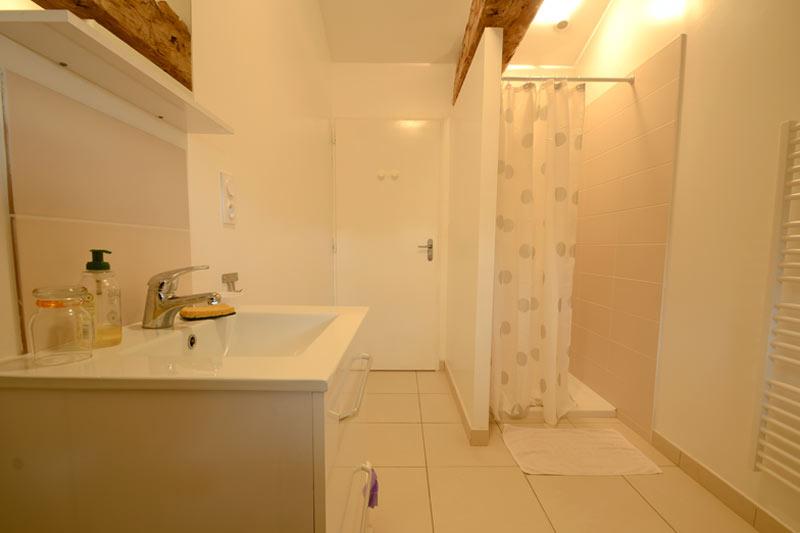 Salle de bain et gîte du Brandage