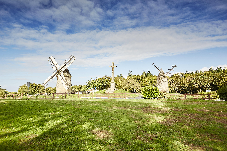 Le Mont des Alouettes et ses moulins