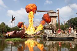 Les Vikings et leur drakkar de feu