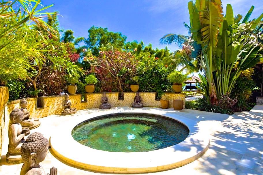 Bali Hot tub