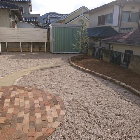 洋風の庭02