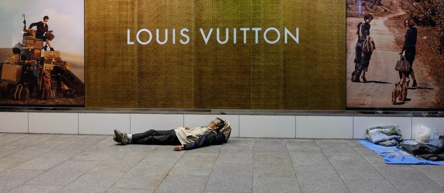 Pauvre hors Vuitton