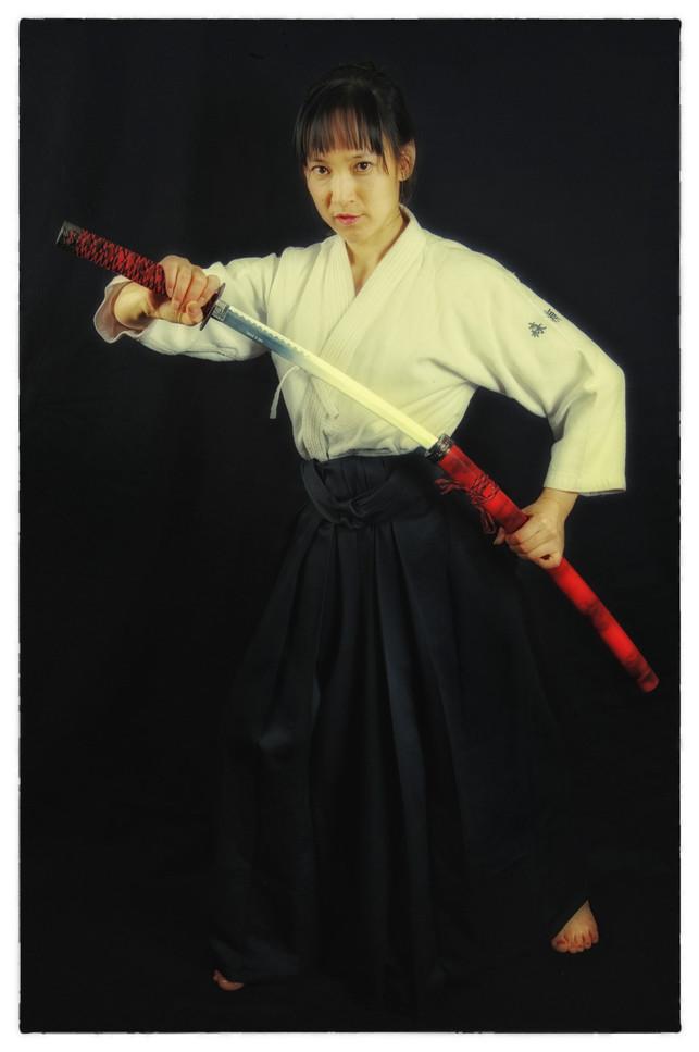 Mikako au sabre