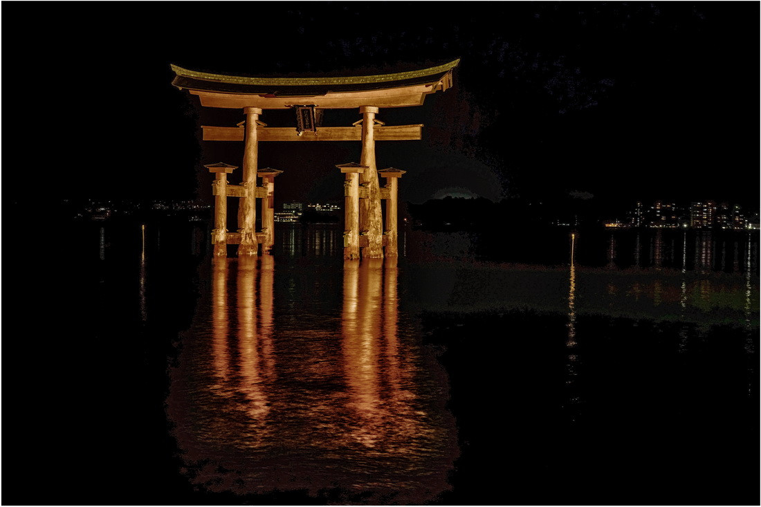 Ile Miyajima Torii de nuit
