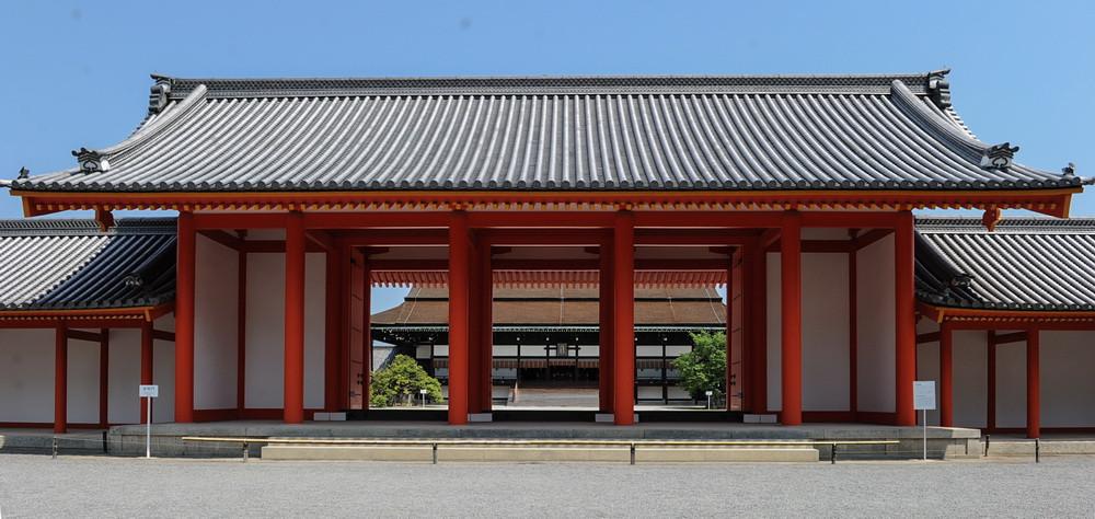Porte intérieur du Palais