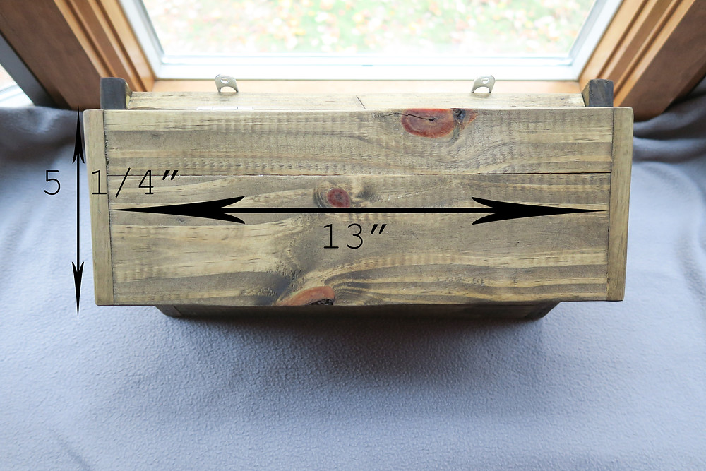 Measurements for the front of the mailbox