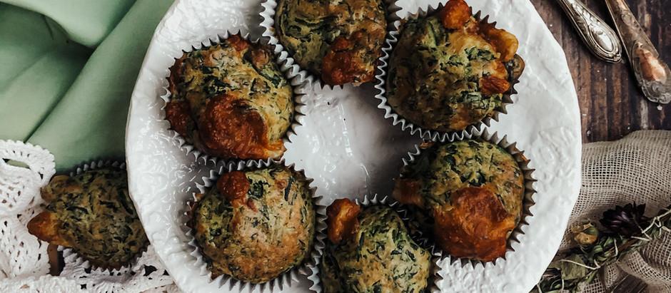 Muffins salati con spinaci e scamorza affumicata