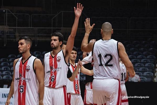AE_niterói BC_basquete.jpg
