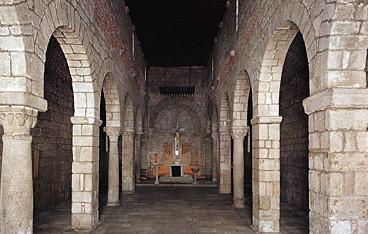 INterno Basilica di San simplicio
