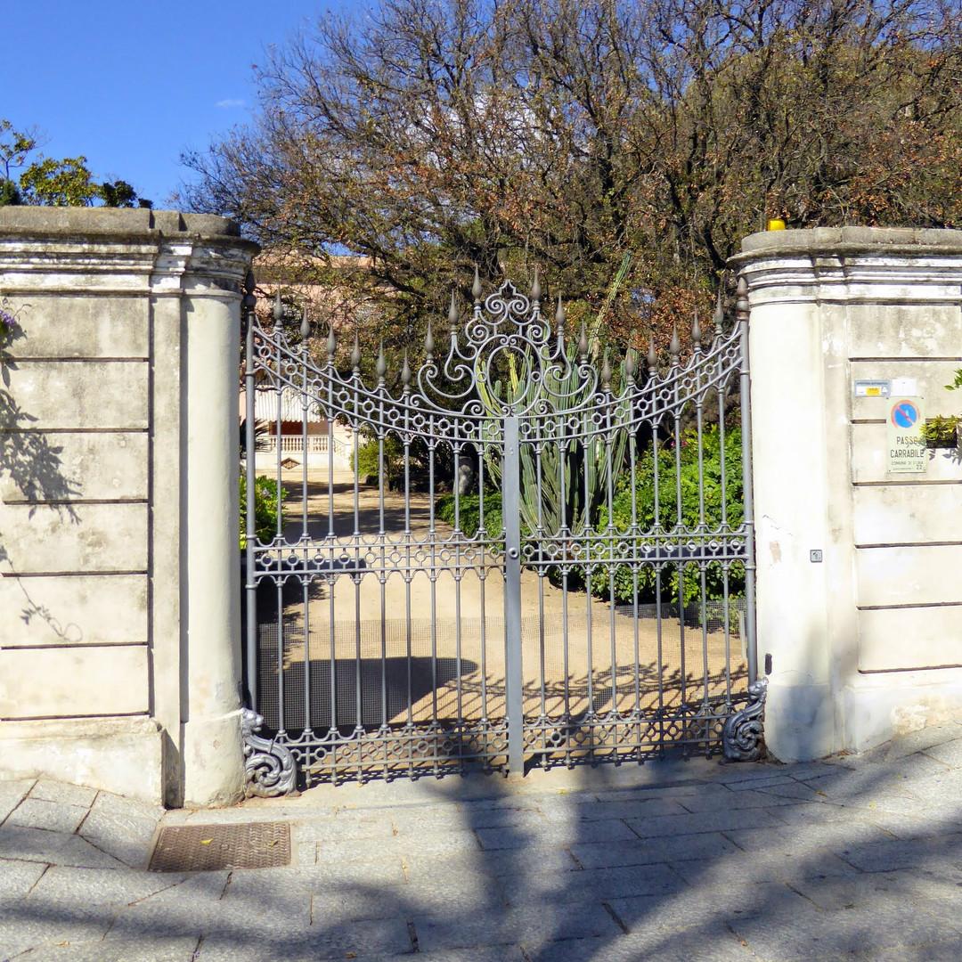 Parco_privato_della_Villa__Tamponi_,_Olb
