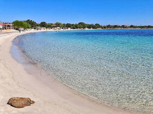 Spiaggia-Mare-e-Rocce.jpg