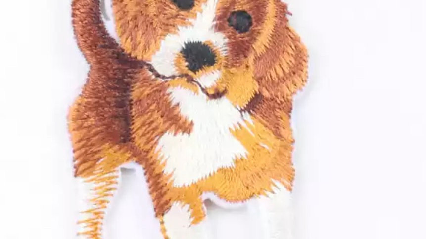 Beagle dog iron/sew on patch