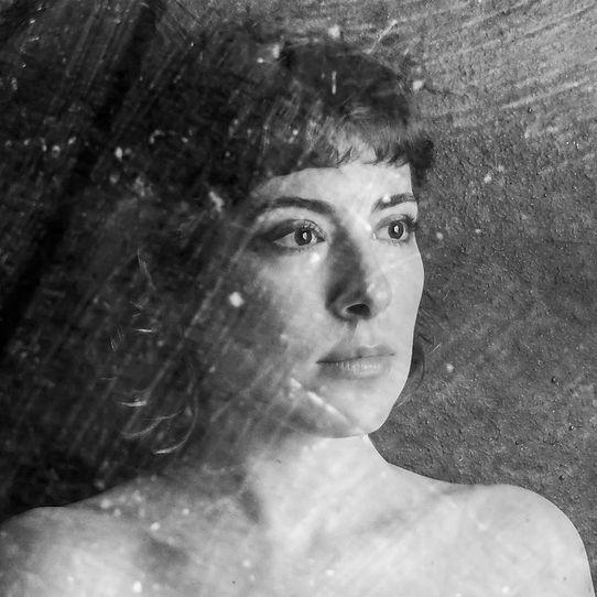 CAPA SINGLE - Lara Aufranc.jpg