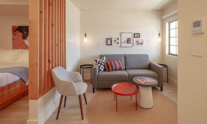 Standard Room: View of room