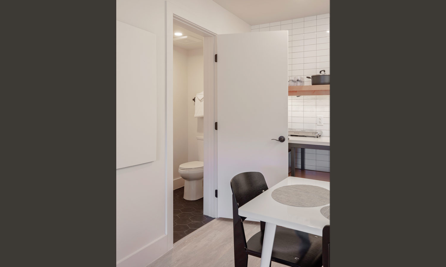 Two Floor Suite: Half bath
