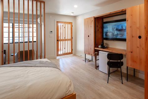 Standard King/Queen Room