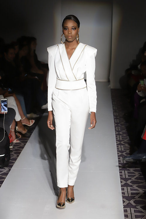 WHITE ZIPPERED JUMPSUIT