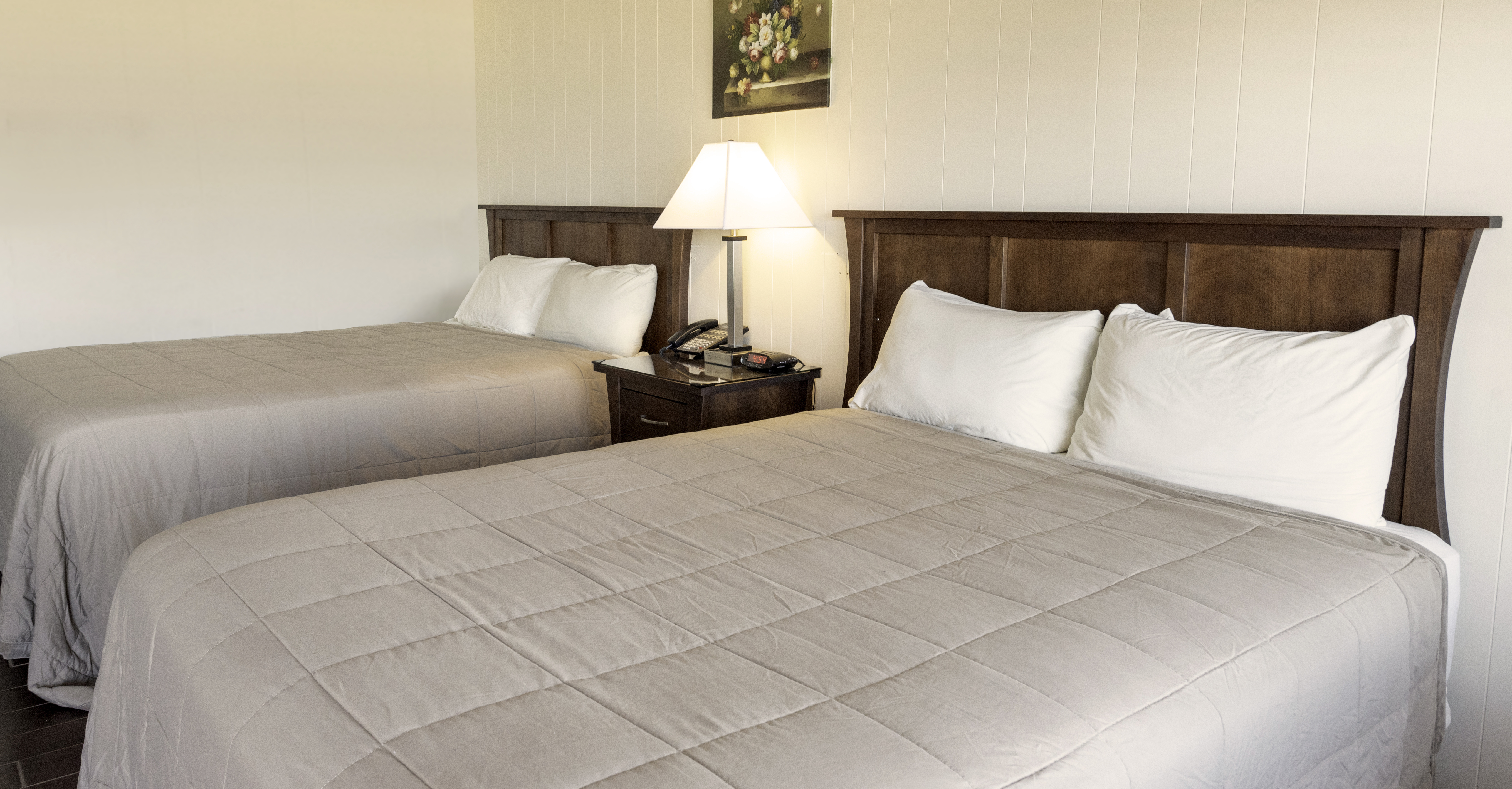 ocean front queen bed
