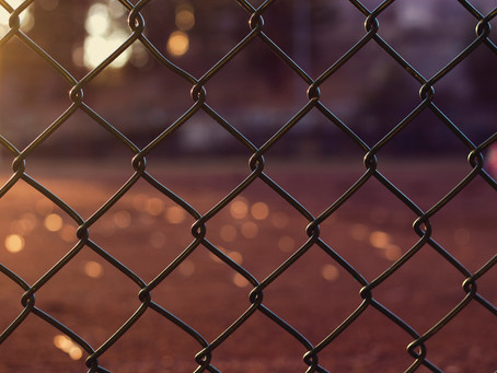 Brilliant Chain Link Fence Ideas For Enhancing The Appearance Of Your Temporary Barrier