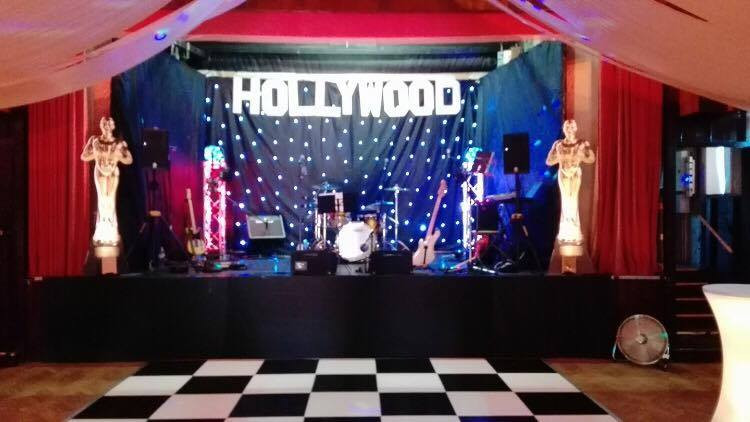 hollywood party stage