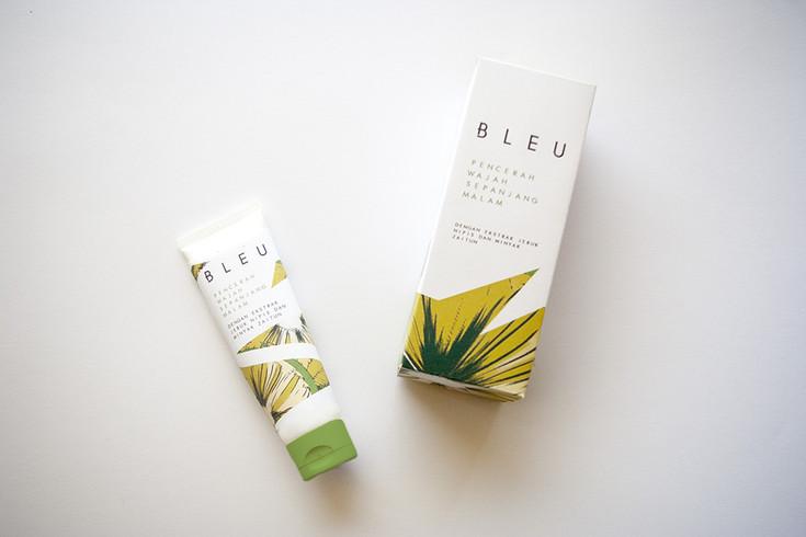 studio-zak-packaging-bleu.jpg