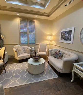 The Cambridge Lounge
