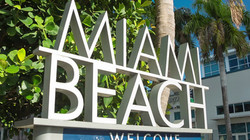 741863806-welcome-sign-south-beach-canon-eos-5d-palm-plant