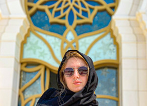 Como Visitar a Maior Mesquita do Mundo - Sheikh Zayed Mosque em Abu Dhabi