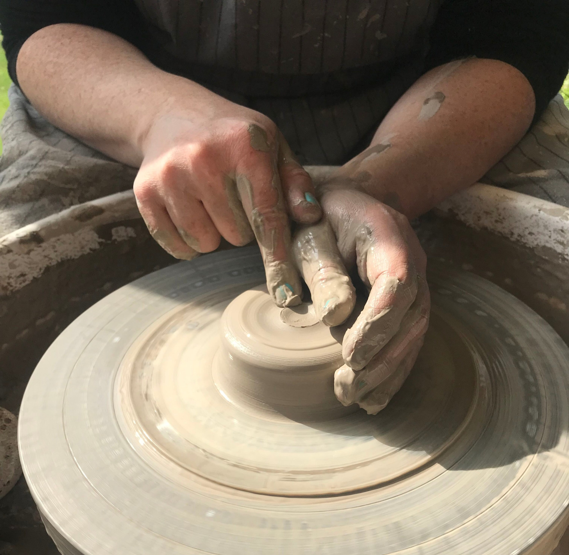 1 to 1 Wheel Throwing 10-1pm Class