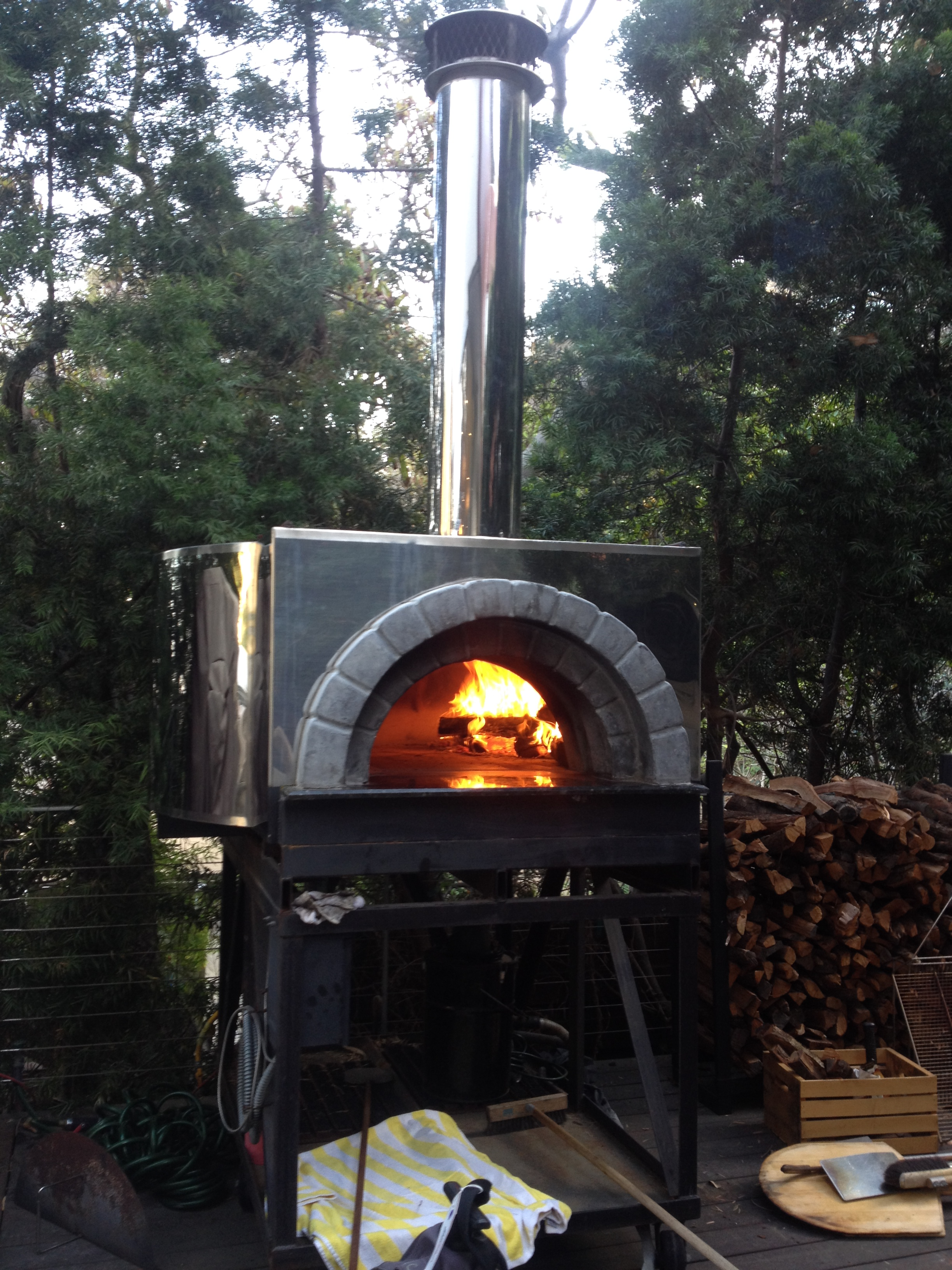 Steel Reinforced Brick Pizza Oven