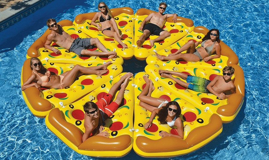 eating in pool