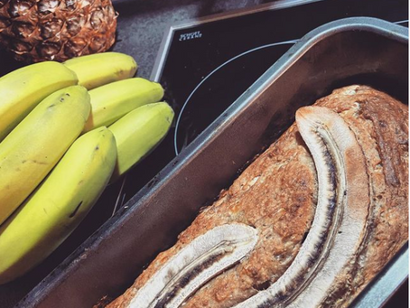 Bake Bakery Style Banana Bread In No Time - by ladywithladle