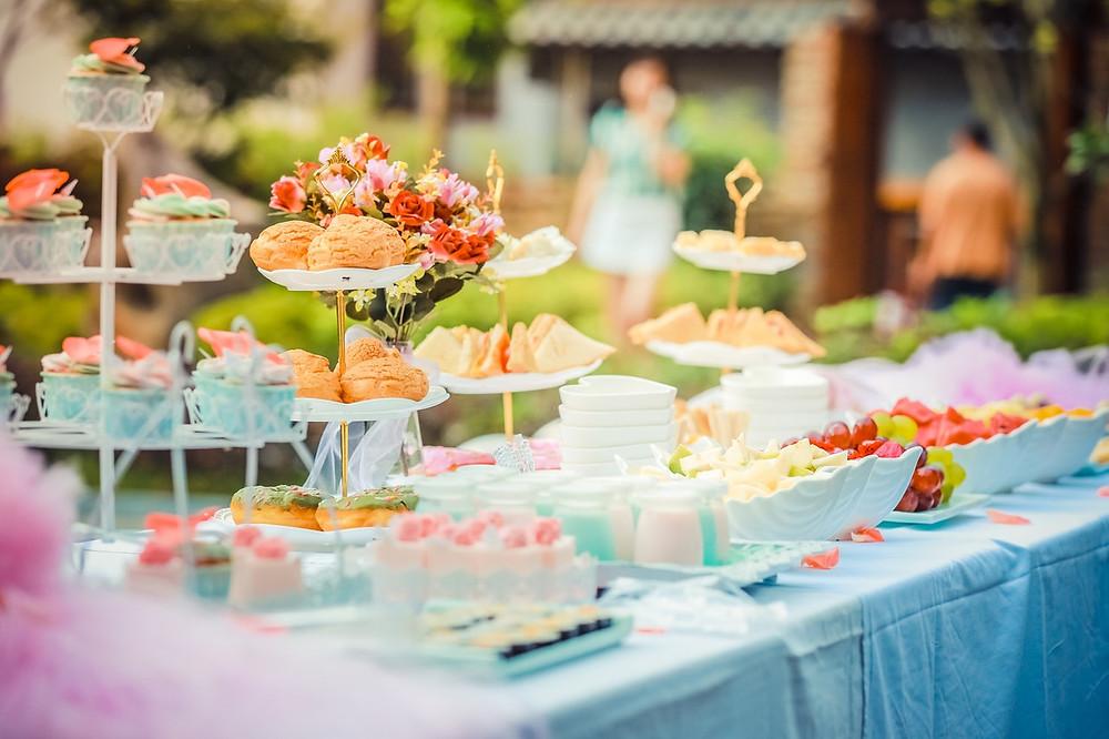 dessert table keep wedding guests comfortable