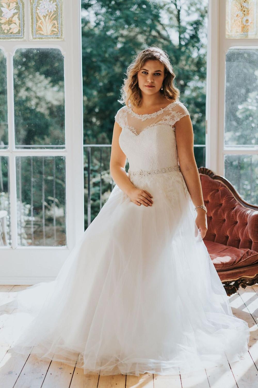 white rose graceful plus size wedding dresses
