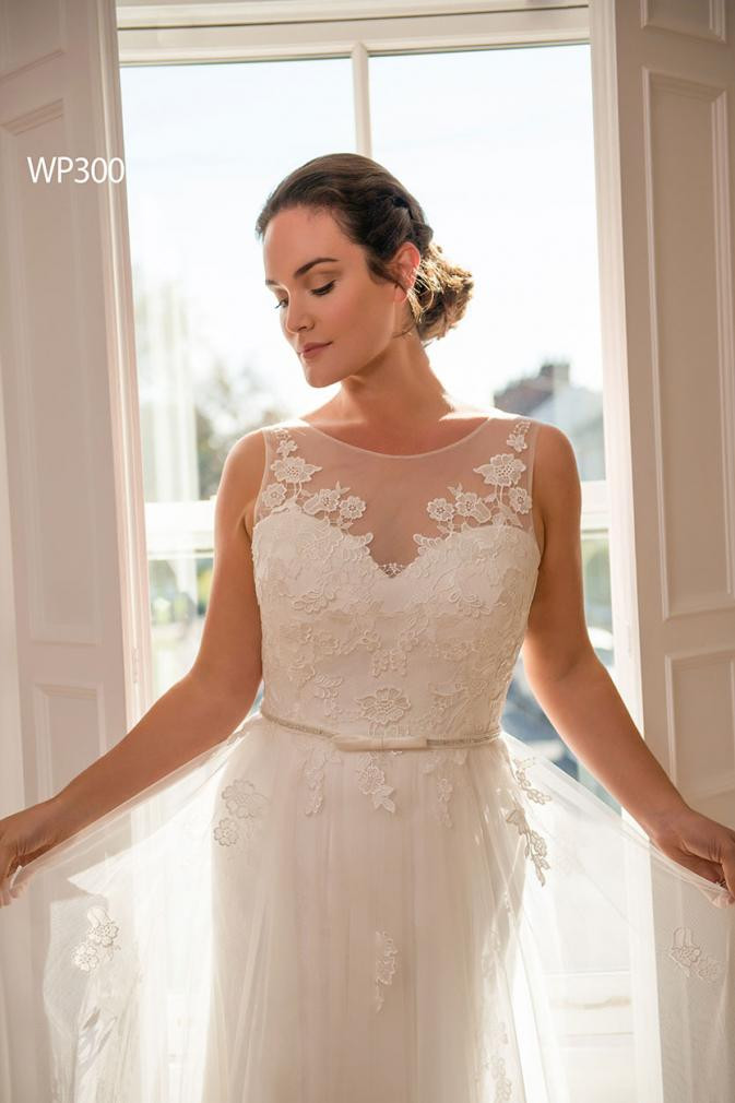 plus size wedding dress in bedfordshire