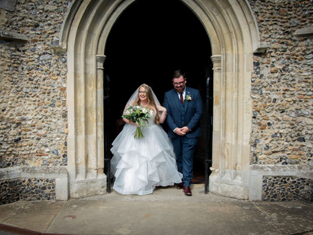 The Common Questions Asked by Curvy Brides