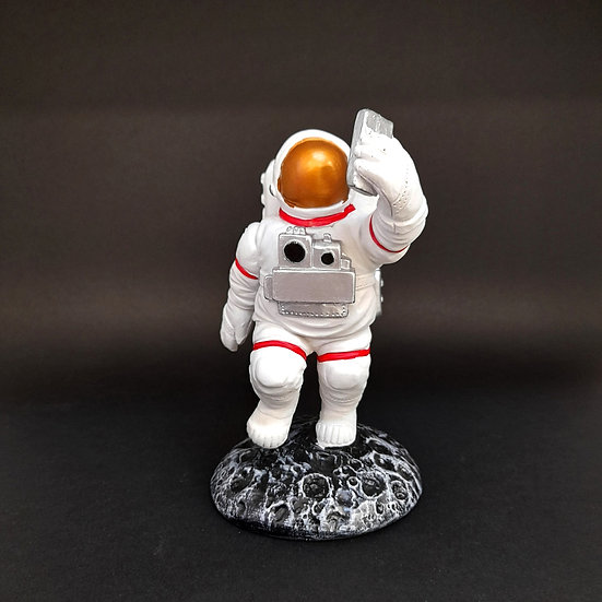 Astronauta en tu escritorio