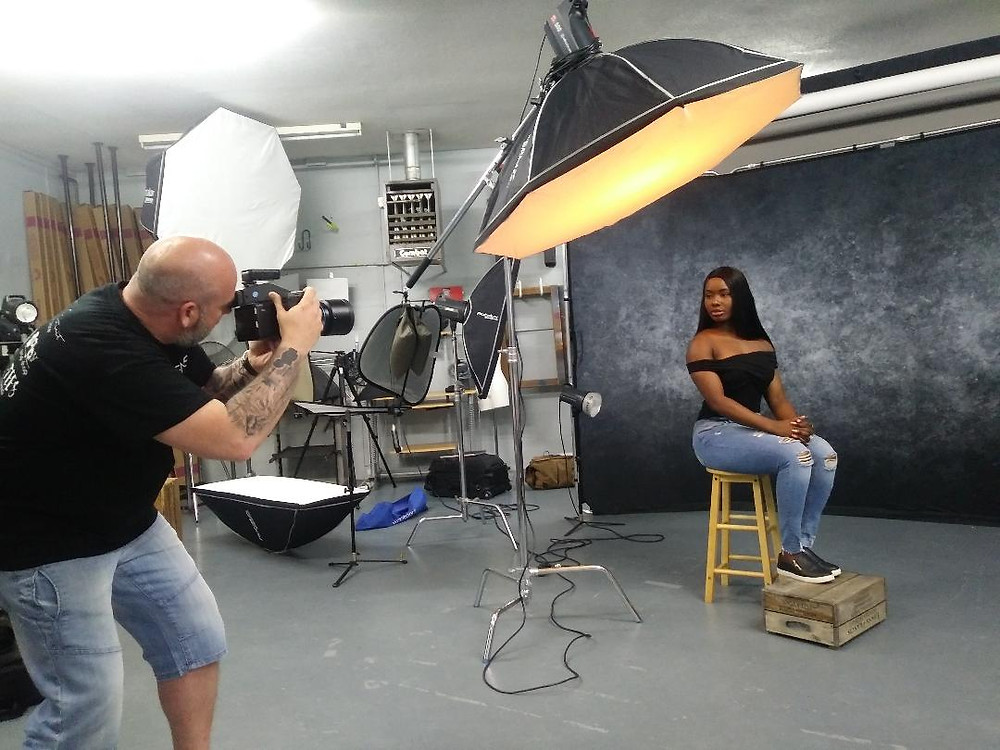 Gary Hill from Art of the Portrait Photography teaching studio lighting