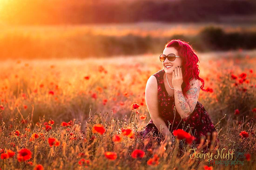 Long golden afternoon photography sessions in the poppy fields