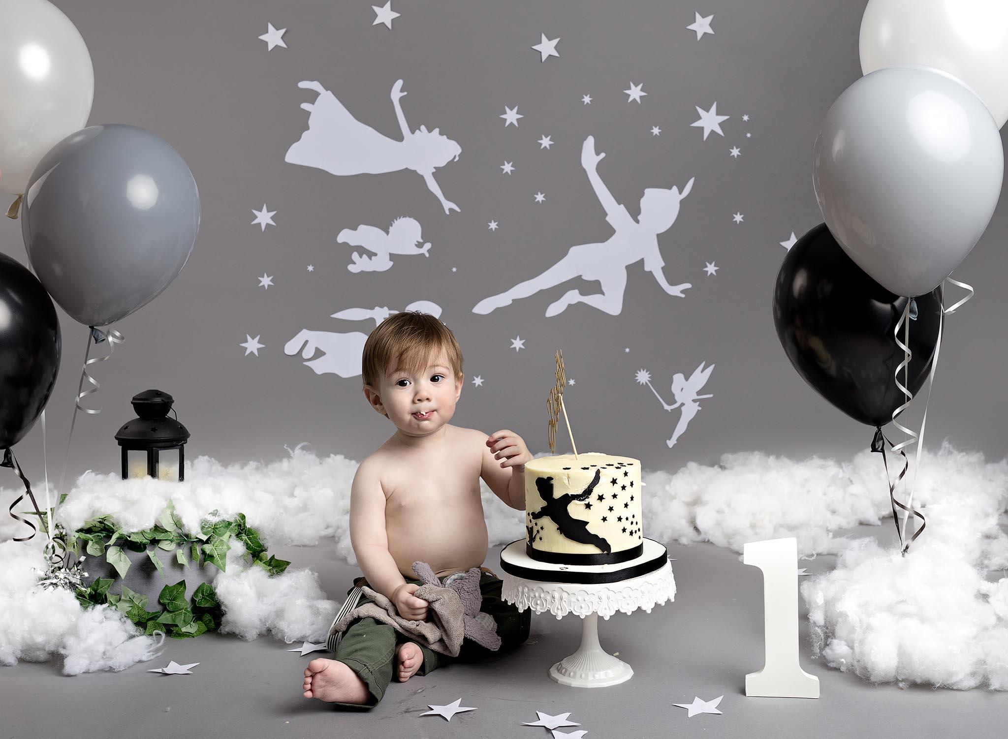 Boys 1st Birthday cake smash photography session