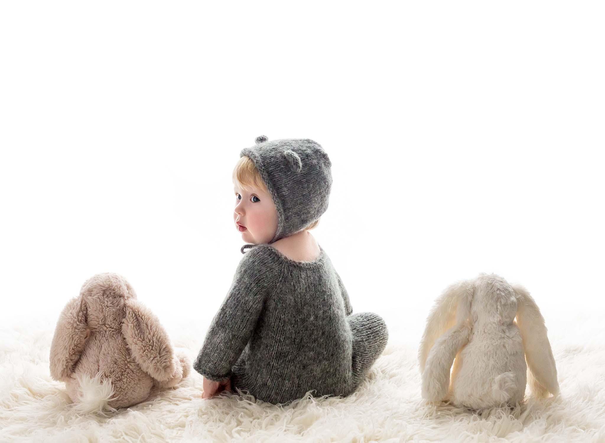 1st Birthday photoshoot, teddy bear outf